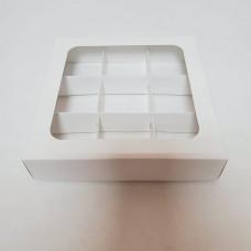 Коробка на 9 конфет белая